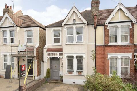 Girton Road London SE26. 3 bedroom end of terrace house for sale