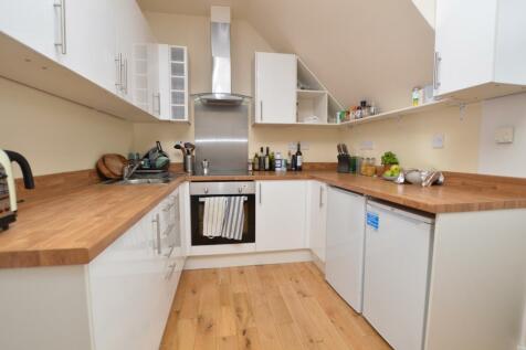 Old Kent Road Peckham SE1. 2 bedroom flat