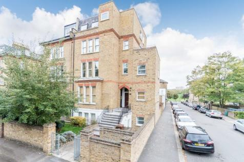 The Gardens East Dulwich SE22. 1 bedroom flat