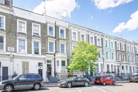 Finborough Road, South Kensington. Studio flat