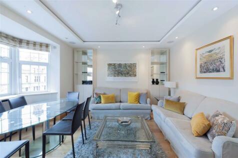 Brompton Road, South Kensington. 3 bedroom flat