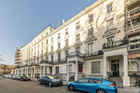 St. Stephens Gardens, Notting Hill. 2 bedroom flat
