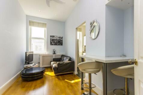 Sinclair Road, West Kensington. 1 bedroom flat