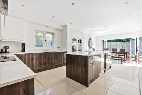 Southlands Road Bromley BR1. 6 bedroom detached house for sale