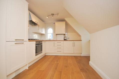 College Road Bromley BR1. 2 bedroom flat