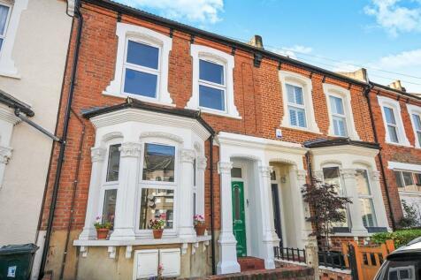 Glebe Road Bromley BR1. 2 bedroom flat