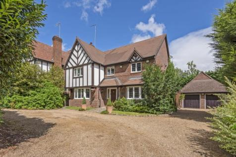 Chislehurst Road Chislehurst BR7. 5 bedroom detached house for sale