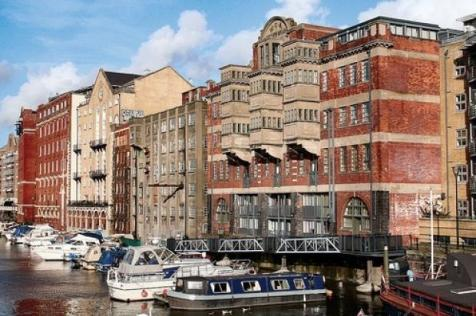 Buchanans Wharf North, Ferry Street. 1 bedroom apartment