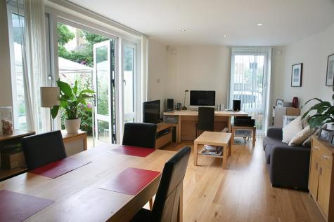 Studio Place, Church Path, Chiswick. 2 bedroom apartment