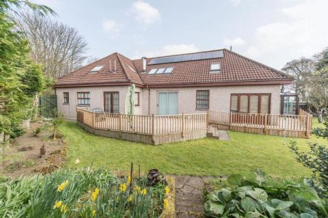 Houstoun Mains Holdings, Uphall, EH52 6PA. 6 bedroom detached house for sale