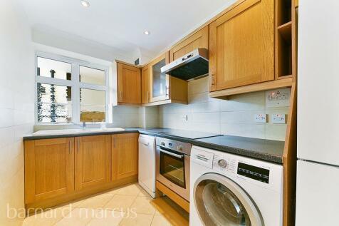 Old Brompton Road, LONDON. 3 bedroom apartment