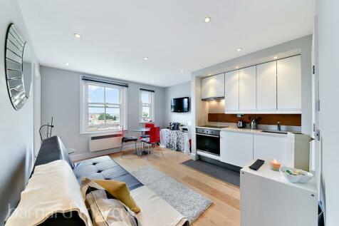 Philbeach Gardens, Earls Court SW5. 1 bedroom apartment