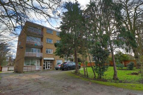 Craig House, Charlton Road, Blackheath, SE3. 2 bedroom flat