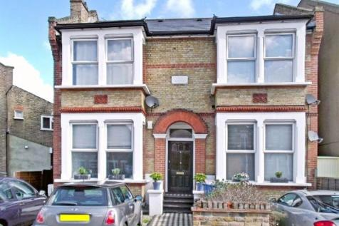 Wanstead, London, E11 - P1141. 2 bedroom flat