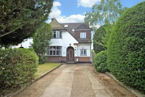 Queens Drive, Thames Ditton. 4 bedroom semi-detached house