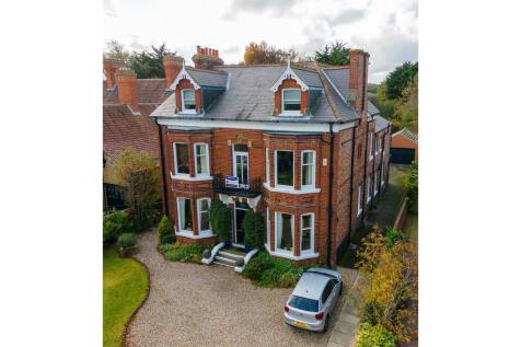 Marske Mill Lane, Saltburn-by-the-sea, TS12. 9 bedroom detached villa for sale