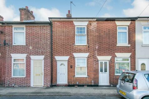 Port Lane, COLCHESTER. 2 bedroom terraced house