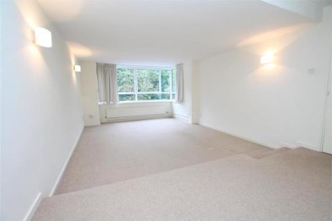 The Drive, HOVE. 3 bedroom flat