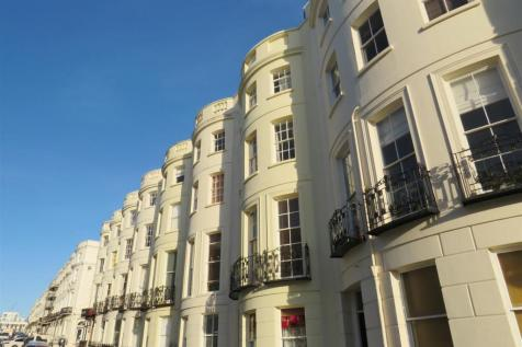 Lansdowne Place, HOVE. 2 bedroom flat