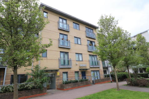 THE BASE - BRENTWOOD STATION. 2 bedroom apartment