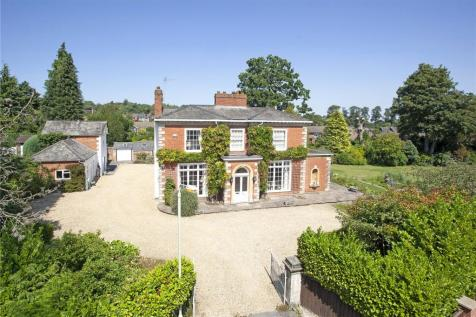 Brynhafod Drive, Oswestry, Shropshire, SY11. 4 bedroom detached house for sale