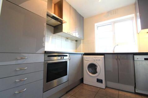 Hampshire Lodge, Courtlands, Maidenhead. 2 bedroom apartment