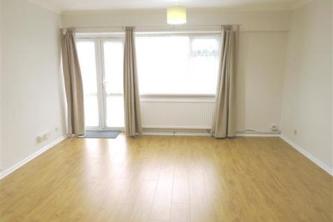 Eight Acres, TRING. 1 bedroom flat