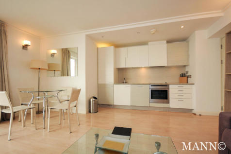Seacon Tower, London, E14. 1 bedroom apartment