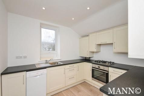 Baring Road, Lee, SE12. 3 bedroom property