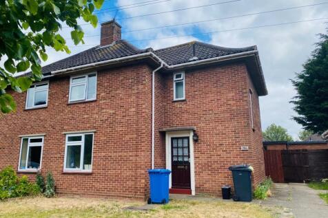Norwich, NR4. 3 bedroom semi-detached house