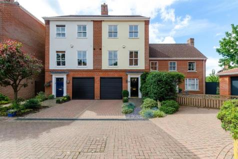 Norwich, NR1. 3 bedroom town house