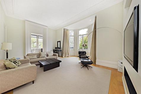 Redcliffe Square, London, SW10. 2 bedroom flat