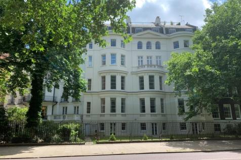 Queen Anne's Gate, St James's Park, london property