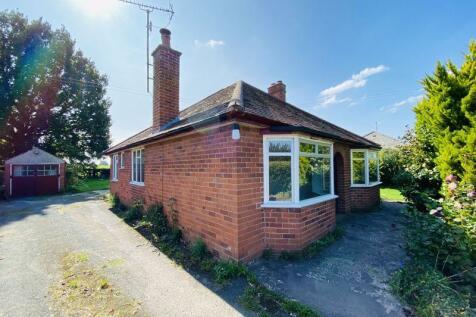 Clehonger, Hereford. 3 bedroom detached bungalow