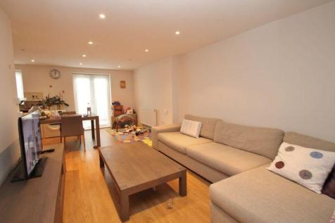 Langton Grove, Northwood, Middlesex. 4 bedroom terraced house