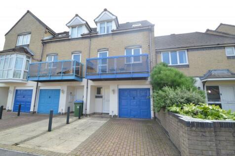 Southampton. 4 bedroom house