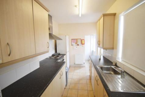Hewson Road, Lincoln, LN1. 4 bedroom terraced house
