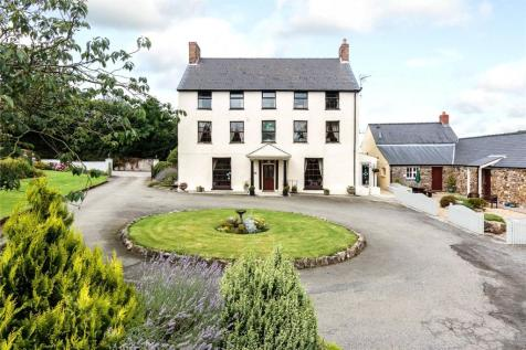 Portfield Gate, Nr Haverfordwest, Pembrokeshire, SA62. 8 bedroom detached house for sale