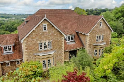 Cefn Mably Park, Michaelston-y-Fedw, Cardiff, CF3. 5 bedroom detached house