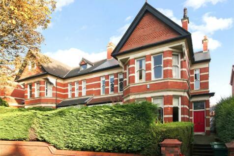 Penylan Road, Cardiff, CF23. 7 bedroom semi-detached house