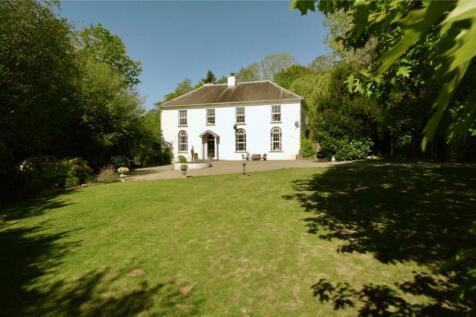 Llandysul, Ceredigion, SA44. 8 bedroom detached house