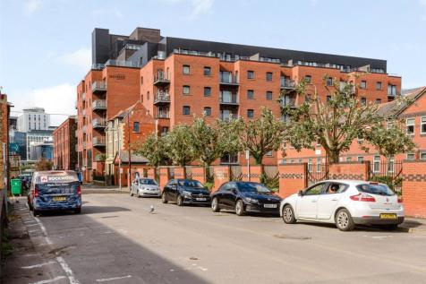 Brickworks, Trade Street, Cardiff, CF10. 3 bedroom duplex