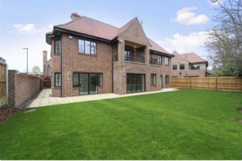 Chandos Way, Hampstead Garden Suburb ,NW11. 5 bedroom detached house for sale