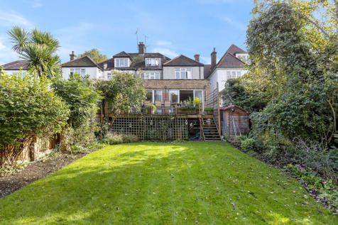 Finchley Road, Golders Hill NW11. 6 bedroom semi-detached house for sale