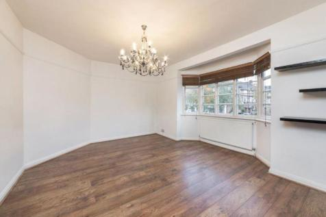 Ossulton Way Hampstead Garden Suburb N2. 2 bedroom flat