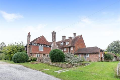 Uckfield Road, Clayhill. 7 bedroom country house