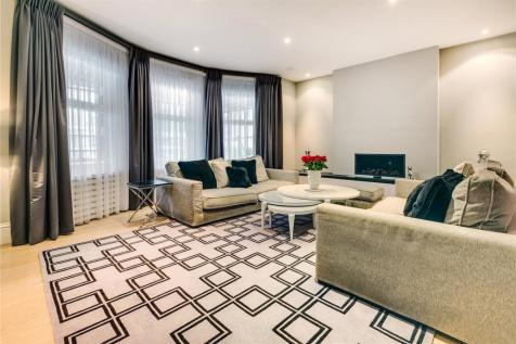 Richmond Mansions, Old Brompton Road, London, SW5. 4 bedroom flat for sale