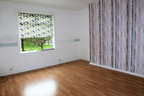 SMITH DRIVE, Saltcoats, KA21. 2 bedroom flat