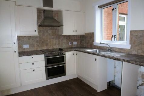 Hayhill, Ayr, Ayrshire, KA8. 2 bedroom terraced house