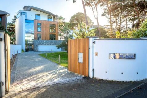 Banks Road, Sandbanks, Poole, BH13. 4 bedroom detached house